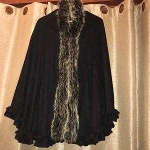 NWOT 💯 Cashmere cape